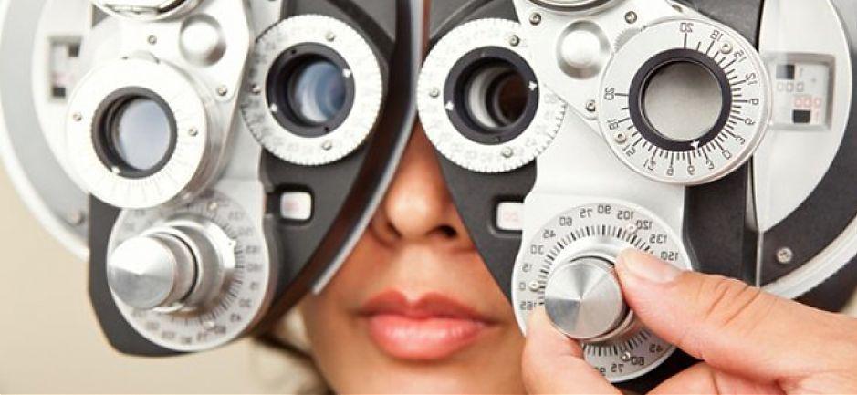 Подбор очковой и контактной коррекции