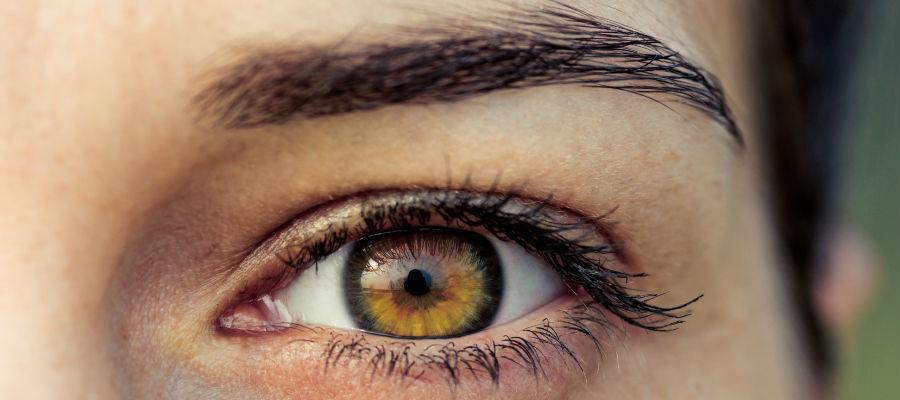 фото ореховый цвет глаз
